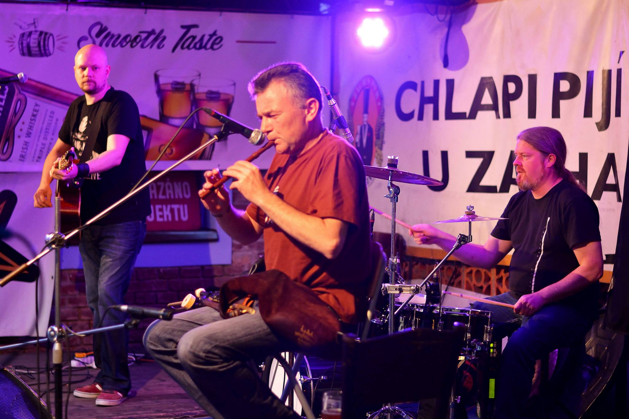 Sliotar in Plzen - Zach's Pub Celtic music